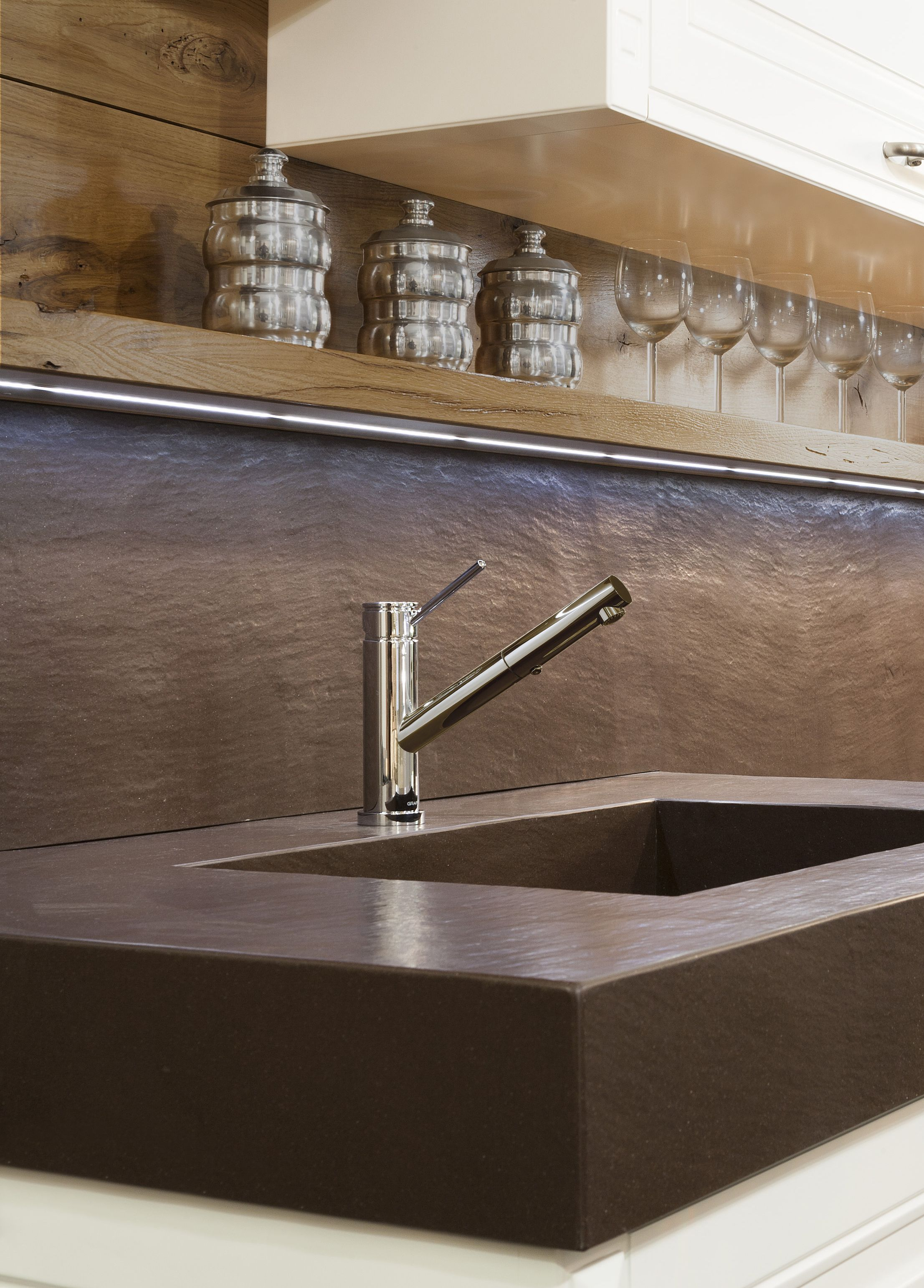 The simple, but stunning, M.E. 25 kitchen faucet from GRAFF ...