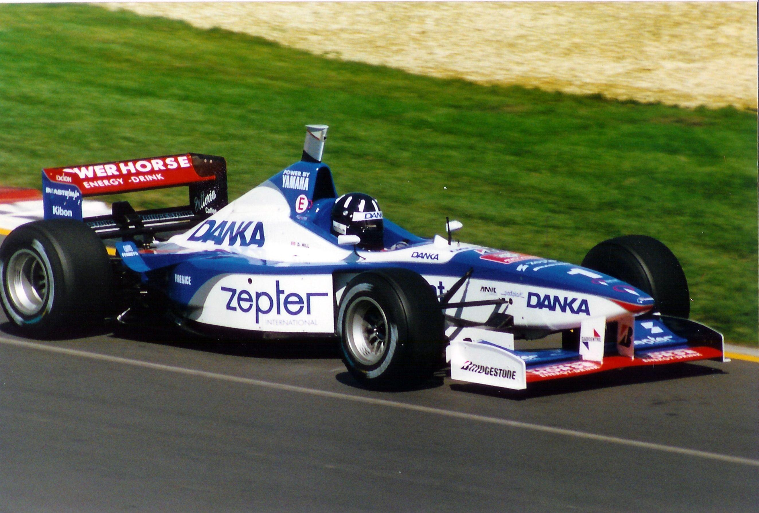 Arrows a18 1997 de damon hill f 1 team arrows for Damon racing
