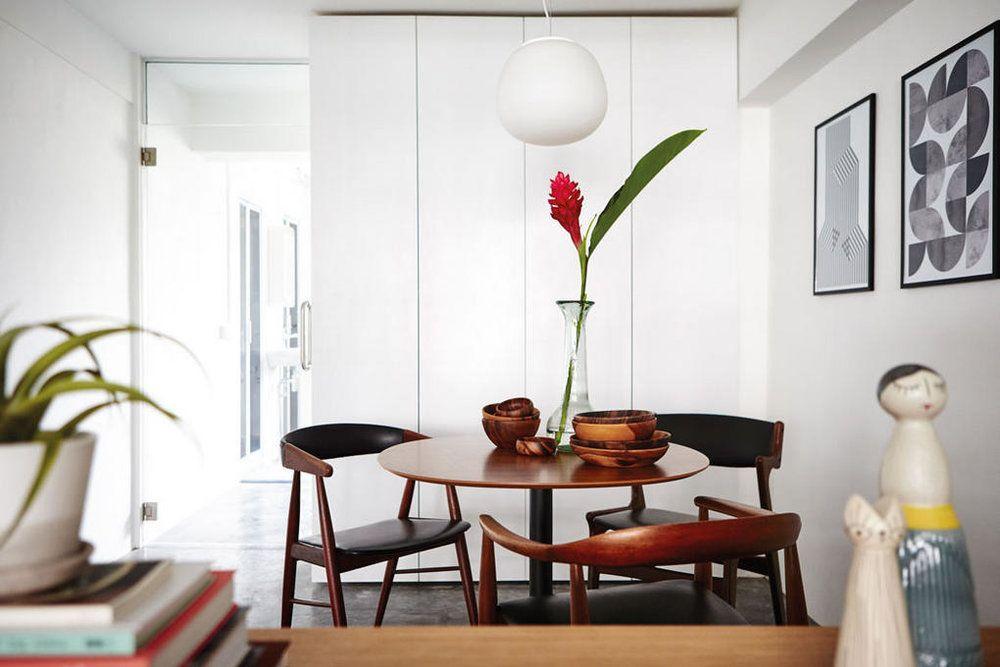 Danish Classics In This Modern Singapore Apartment Noden Original Vintage Scandinavian Furniture Singapore Scandinavian Style Home Wooden Dining Set House Interior