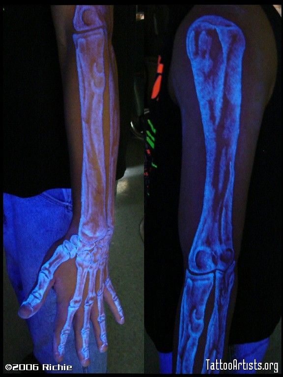 Ultraviolet LightSensitive Tattoo I Really Do Like This One I - 30 creative black light tattoos you can see only under uv light 8 is what i call amazing
