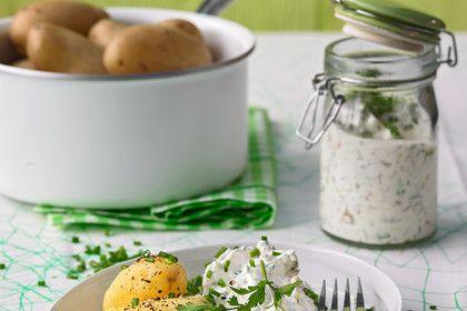 Neue Kartoffeln mit Lachsschinken-Kräuterquark