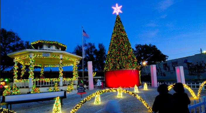 Grapevine, Texas - Christmas Capital of Texas | Stroll historic ...