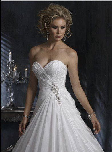 Strapless Aline With Ruched Bodice Gown [WG1190] - $233.00 : LuxeBlue Quality Discount Wedding Dresses & Formal Gowns, Worlds leading supplier of affordable fashion for Wedding dresses, Bridal gowns and discount formal wear. Safe & Fast delivery world wide.