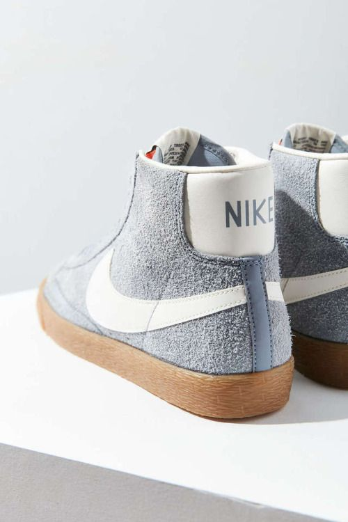 Nike Wmns Blazer Mid Vintage #sneakers #sneakernews #StreetStyle #Kicks #adidas #nike #vans #newbalance #puma #ADIDAS #ASICS #CONVERSE #DIADORA #REEBOK #SAUCONY