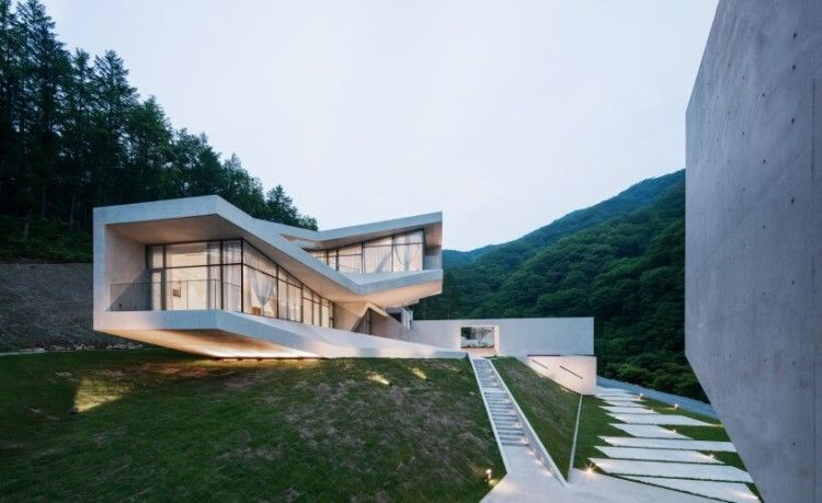 Contemporary retreat situated in hongcheon south korea designed by idmm architects