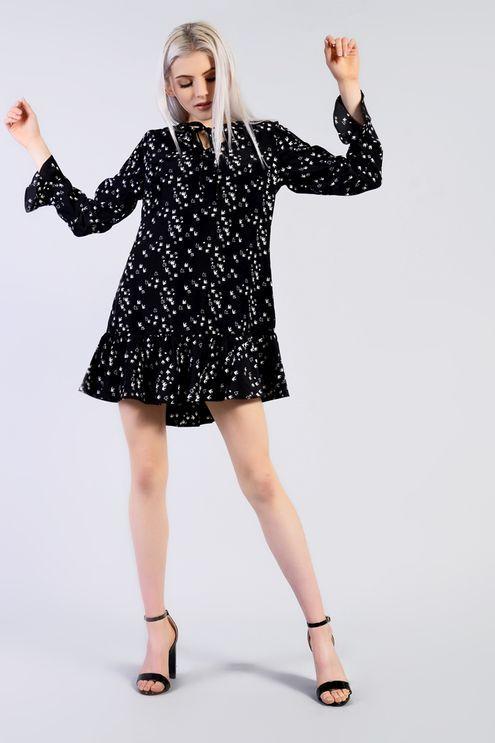 Kleid mit Schwalben-Print von Glamorous Petite   Petite and Printing