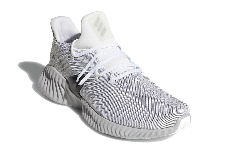 A First Look at the adidas AlphaBOUNCE Instinct  e6ef71a896a72