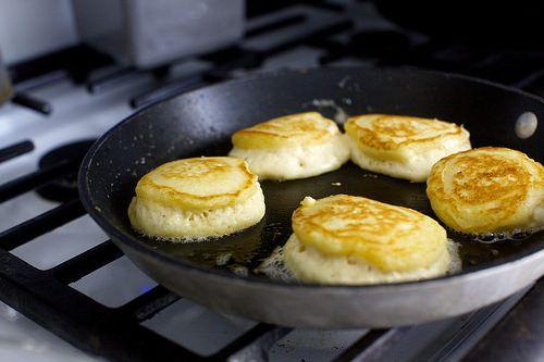 Tall Fluffy Buttermilk Pancakes Recipe Smitten Kitchen Recipes Buttermilk Pancakes Fluffy Smitten Kitchen