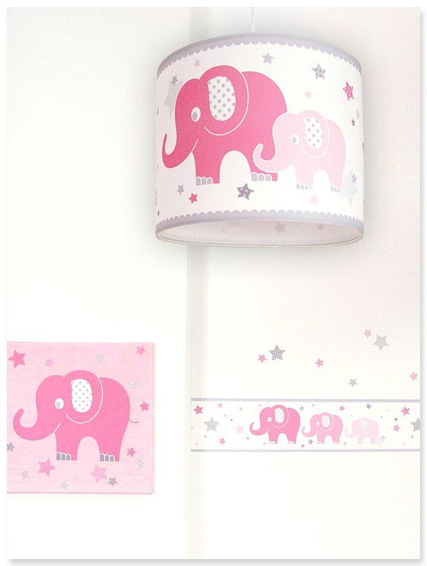 Klassische babyzimmereinrichtung mit elefanten und sternen for Sternen lampe kinderzimmer