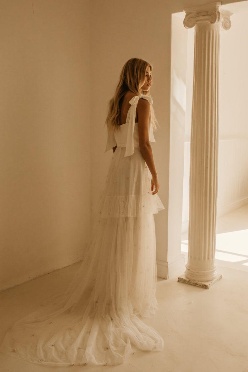 Temple By Bo Luca Online Exclusives Wedding Coolbride Realbride Bride Weddingplanning Weddin Wedding Dress Styles Wedding Dresses Gown Wedding Dress