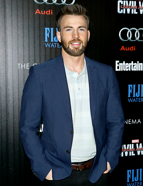 Chris Evans attends the screening of Marvel's 'Captain America: Civil War' hosted by The Cinema Society with Audi & FIJI at Henry R. Luce Auditorium at Brookfield Place on May 4, 2016 in New York City.