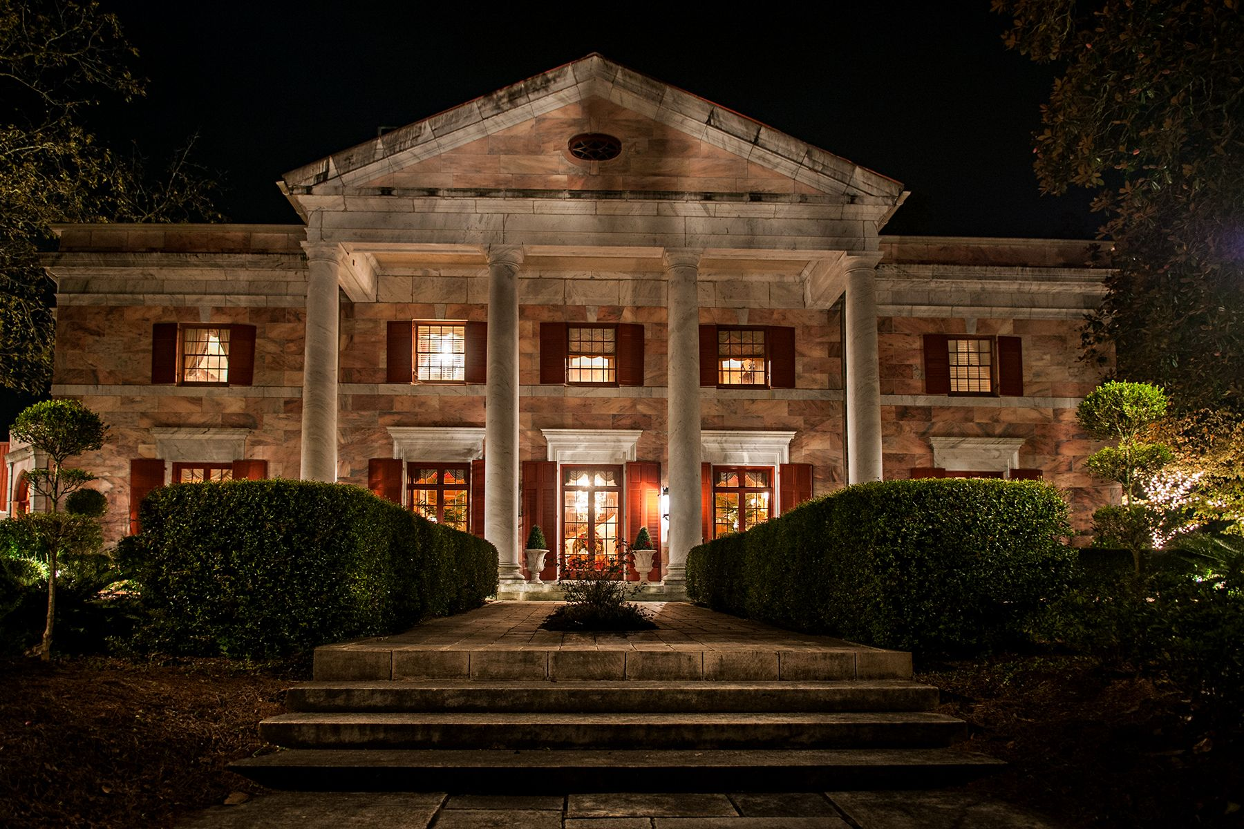 The Tate House, a North Georgia wedding venue and pink marble ...