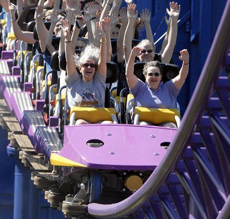 d2c0ed323bdb429bb87297e80df71db0 to not worry weather a shoulder harness on a roller coaster will fit