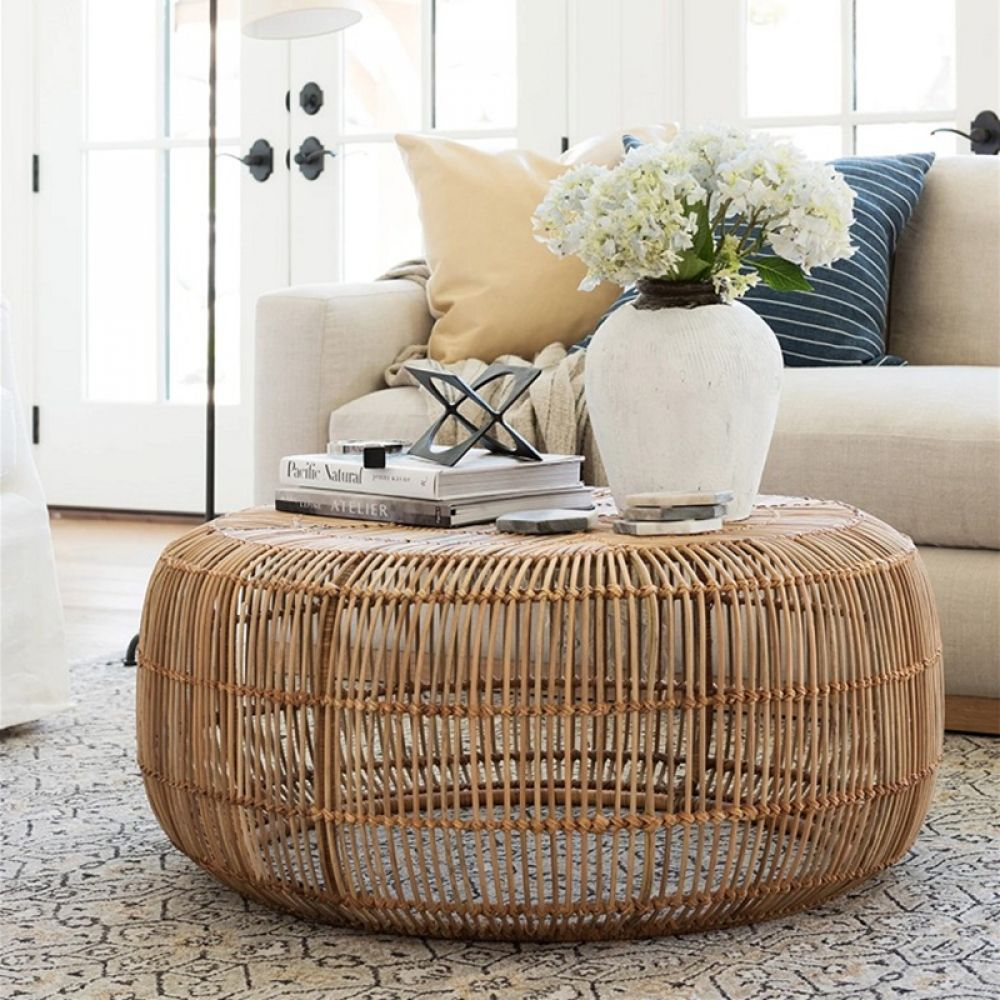 Modern Minimalist Style Hand Woven Rattan Round Coffee Table