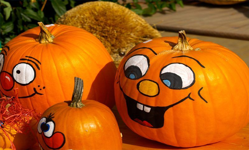 How To Paint Cute Pumpkin Faces On Pumpkins Halloween Decorations Don T Have To Be Scary If You Would Rat Cute Pumpkin Faces Pumpkin Faces Pumpkin Face Paint