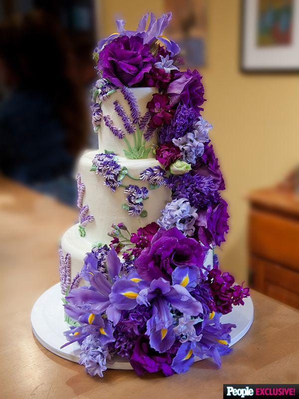 EXCLUSIVE See Heart Singer Ann Wilsons Iris Topped Wedding Cake