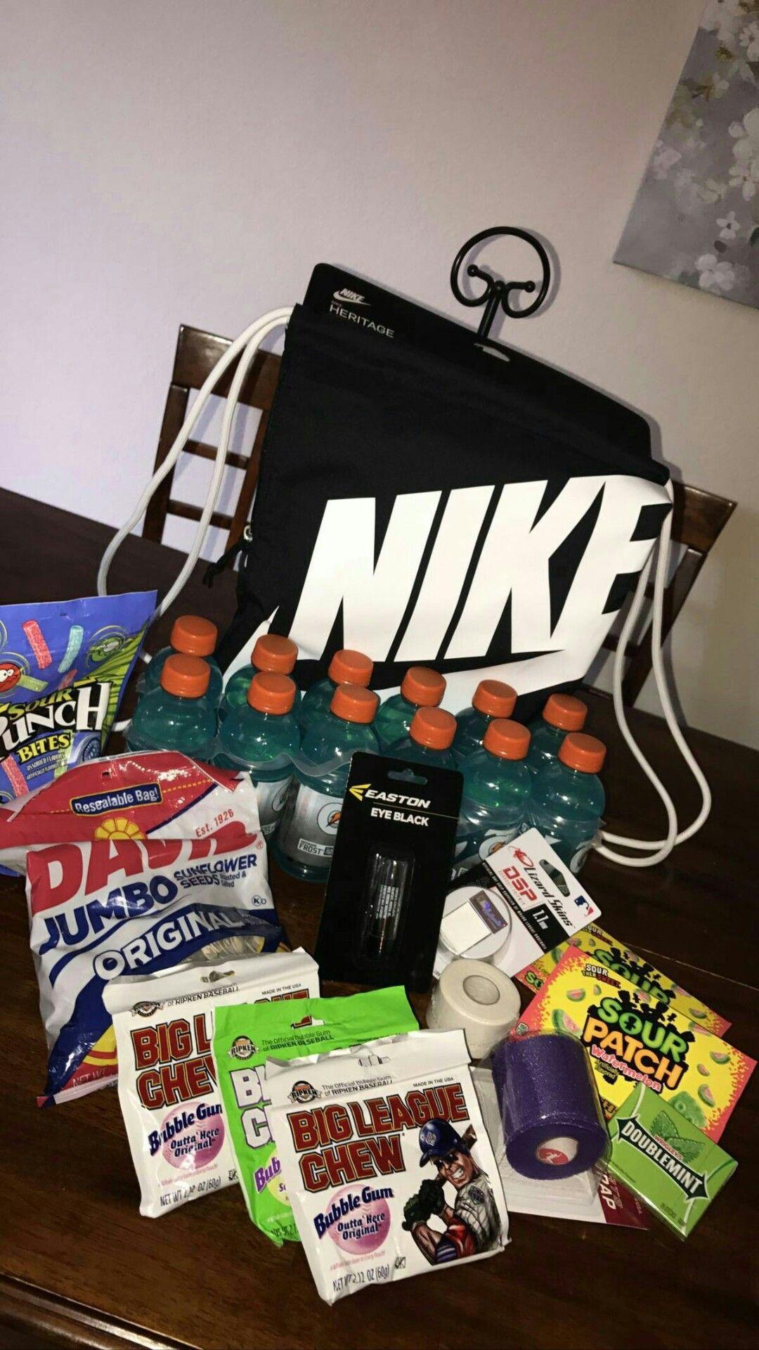 Boyfriendbirthdaygifts Boyfriend Gift Basket Diy Gifts