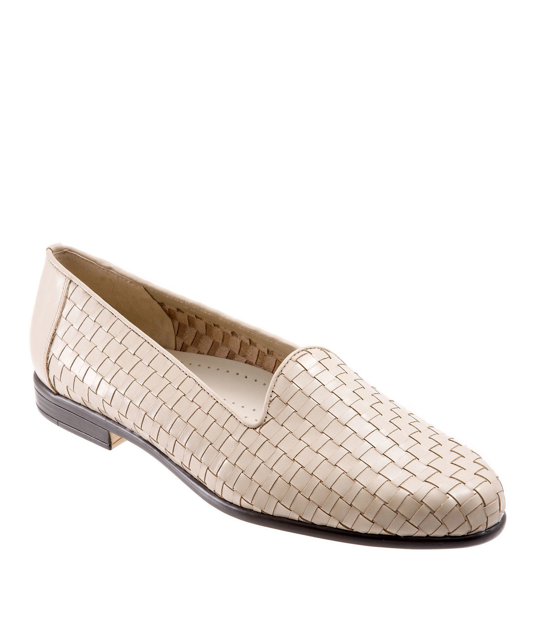 From Trotters, the Women's Liz woven loafers feature:basketweave leather upperunlined construction Soft cloth lining on the vampCushioned polyurethane footbed with stitchless embossed designLightweight flexible rubberized sole0.625
