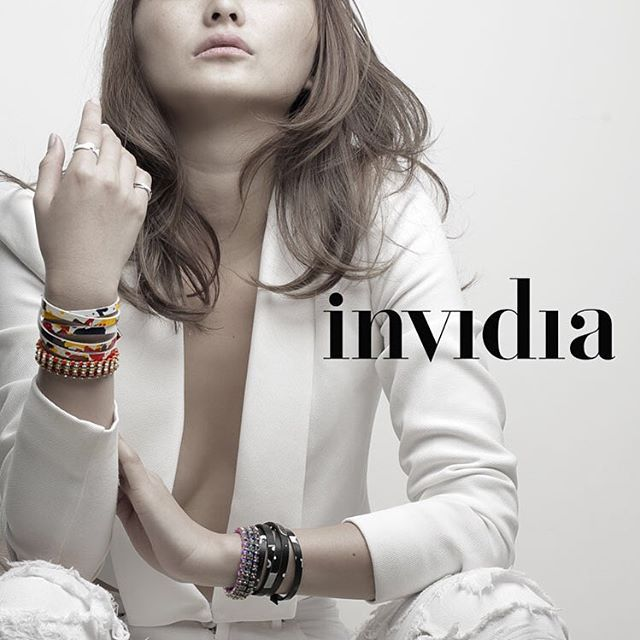 #tennisbracelet #color #rectangle #swalovski #bracelet #invidia_jp #ring #leather