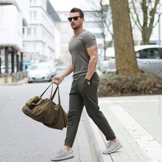 Men 39 s olive crew neck t shirt olive chinos grey athletic - Olive green and grey ...