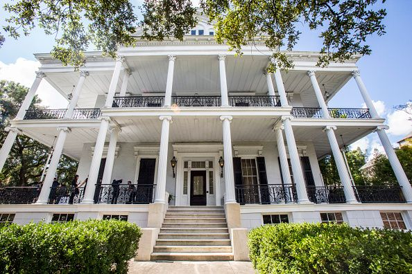 5f8f18b79995be  American Horror Story  Coven  fan event to celebrate the October 7 Blu-. New  Orleans ...