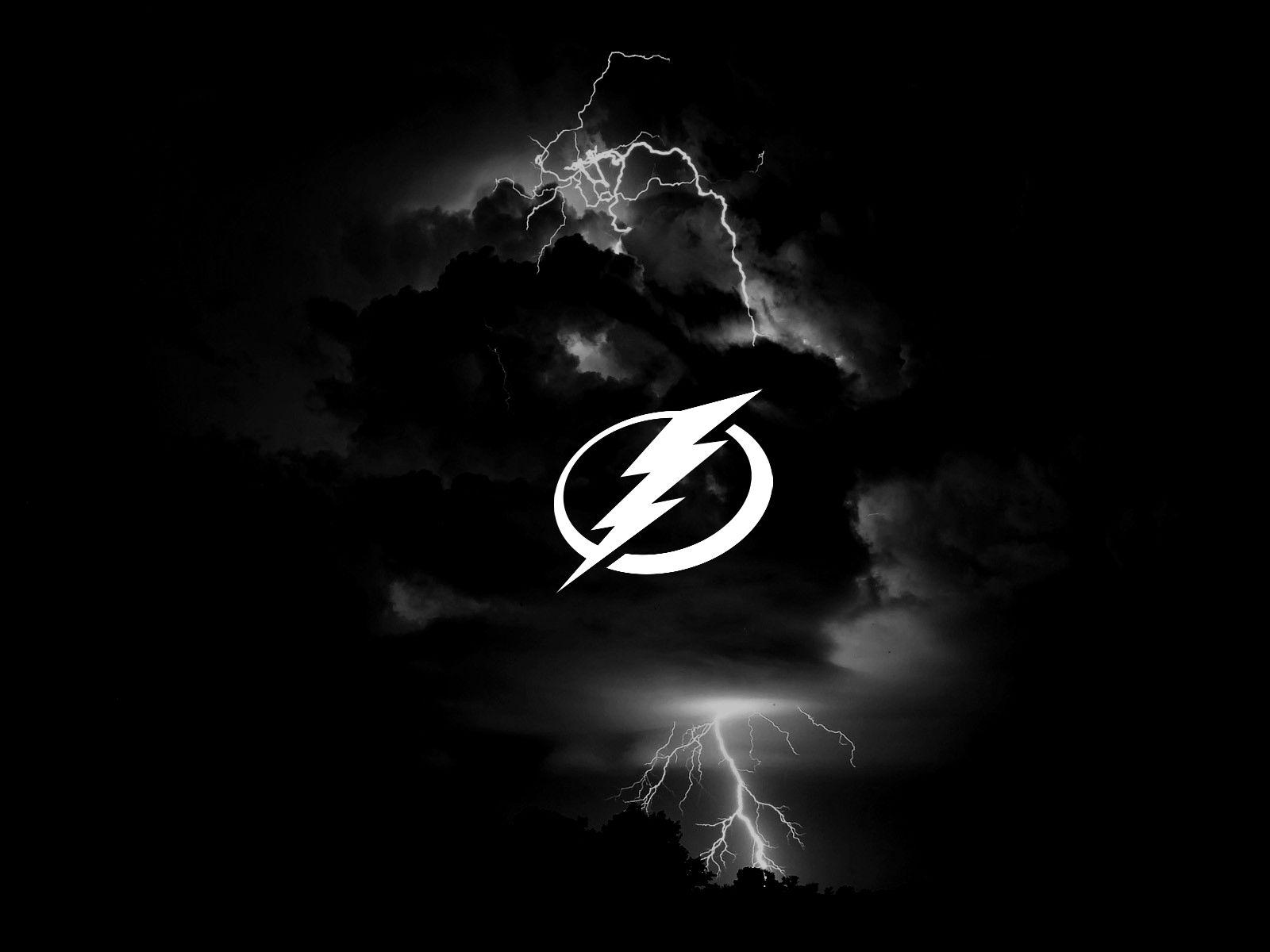 Black Lightning Wallpaper 7 1600 X 1200 Stmed Net Tampa Bay Lightning Hockey Tampa Bay Tampa Bay Lighting