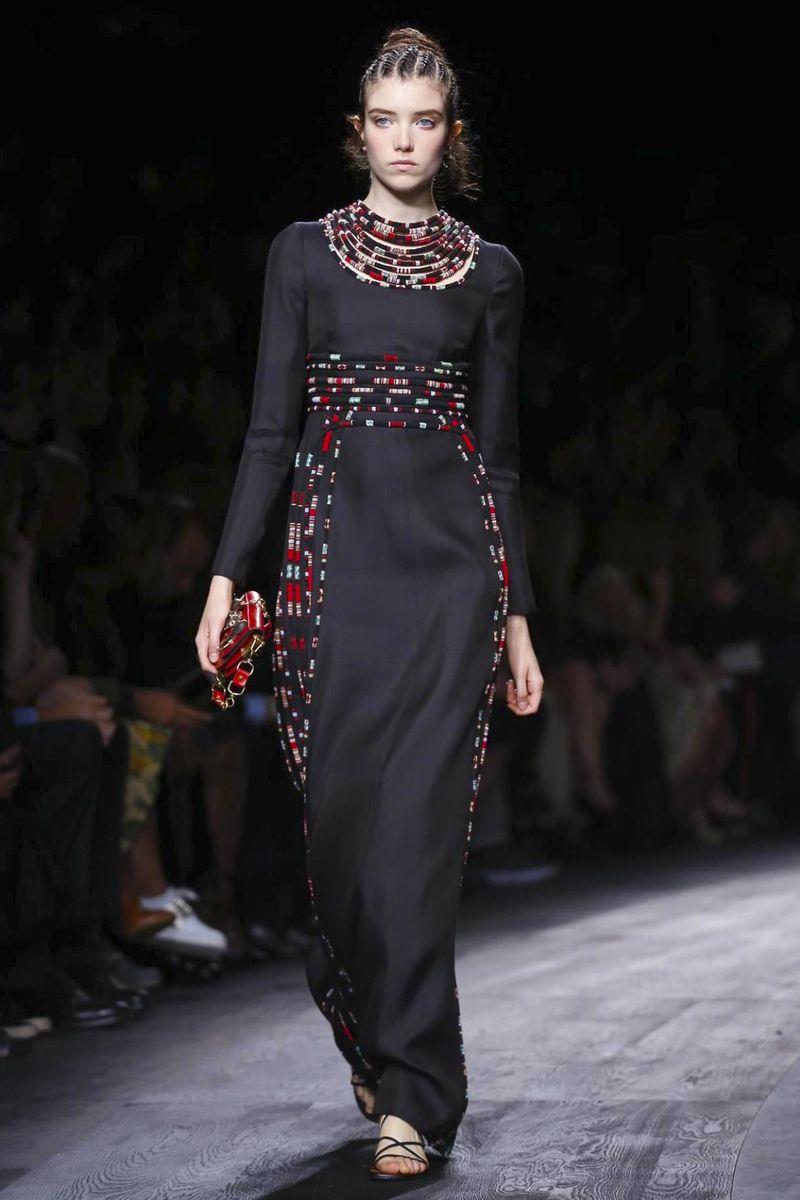 Choosing a dress for the season spring-summer 2016