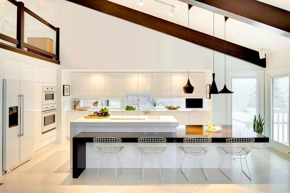 Встроенная кухня (50 фото): плюсы и минусы, варианты исполнения http://happymodern.ru/vstroennaya-kuxnya-50-foto-plyusy-i-minusy-varianty-ispolneniya/ Встроенная кухня в белых тонах с чёрными деталями станет стильным и «вкусным» райским уголочком в квартире Смотри больше http://happymodern.ru/vstroennaya-kuxnya-50-foto-plyusy-i-minusy-varianty-ispolneniya/