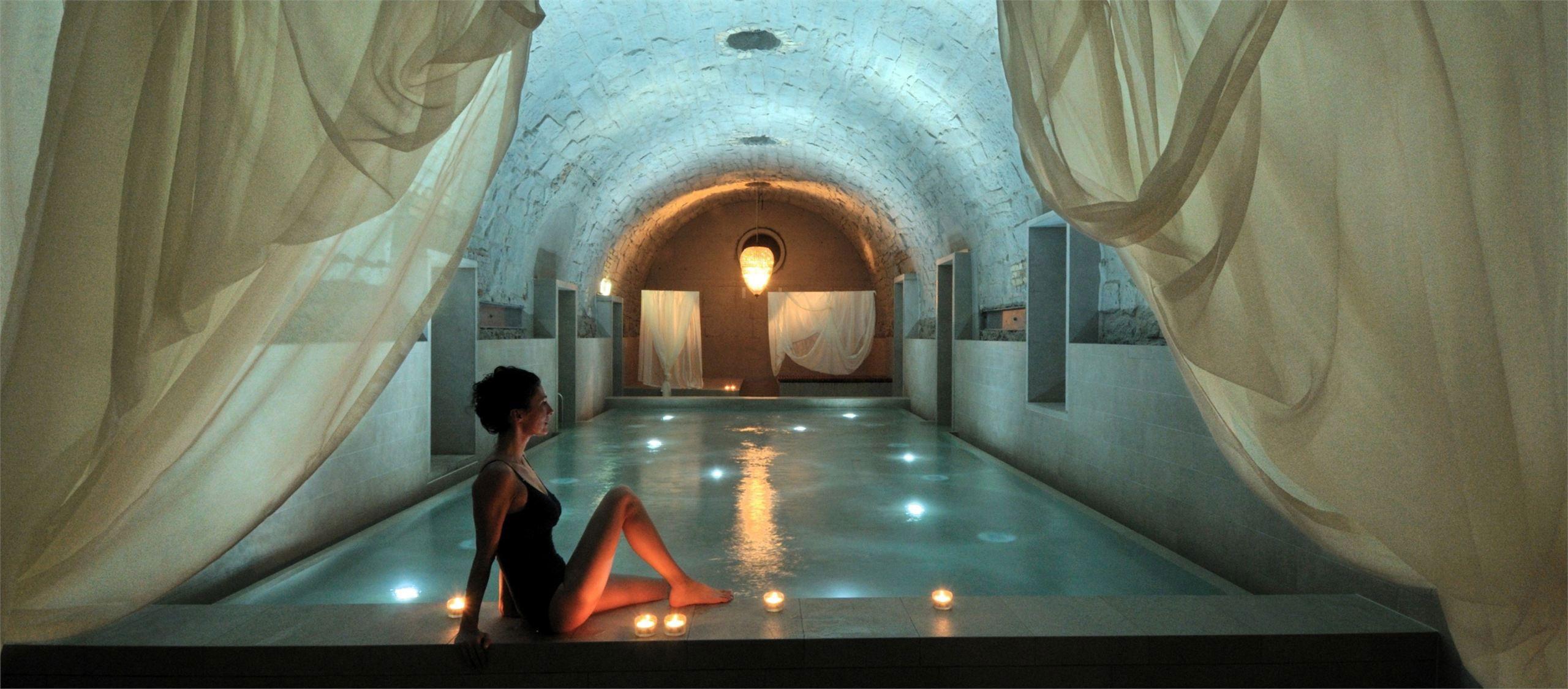 b2 boutique hotel by althammer hochuli architekten   swimming, Badezimmer ideen