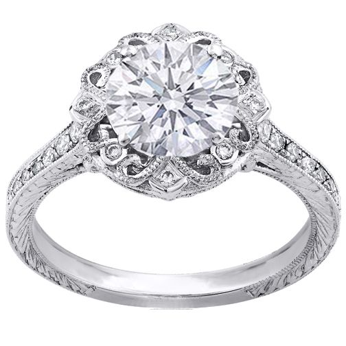If anyone ever finds out that a guy is planning on proposing, PLEASE tell him to get me a vintage engagement ring. IN LOVE.