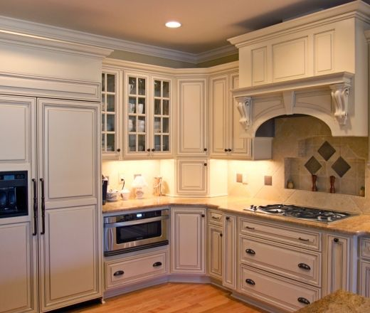 Cream Kitchen Doors: Transitional Island Style Pale Yellow Kitchen, Cream