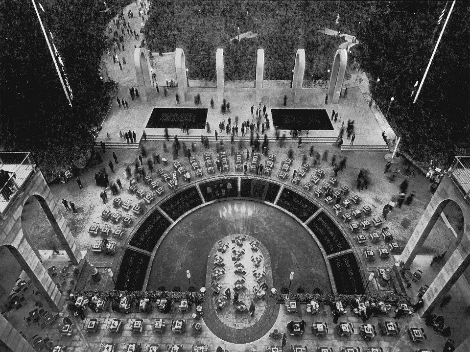 Triennale di milano palazzo dell 39 arte giardino con for Giardino triennale