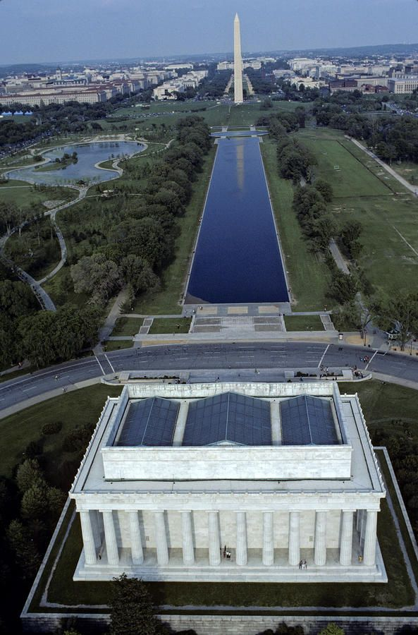 ✮ Scenic aerial of Washington, D.C.