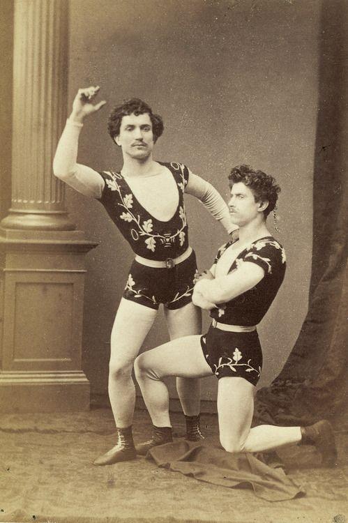 Dating circus performer #8