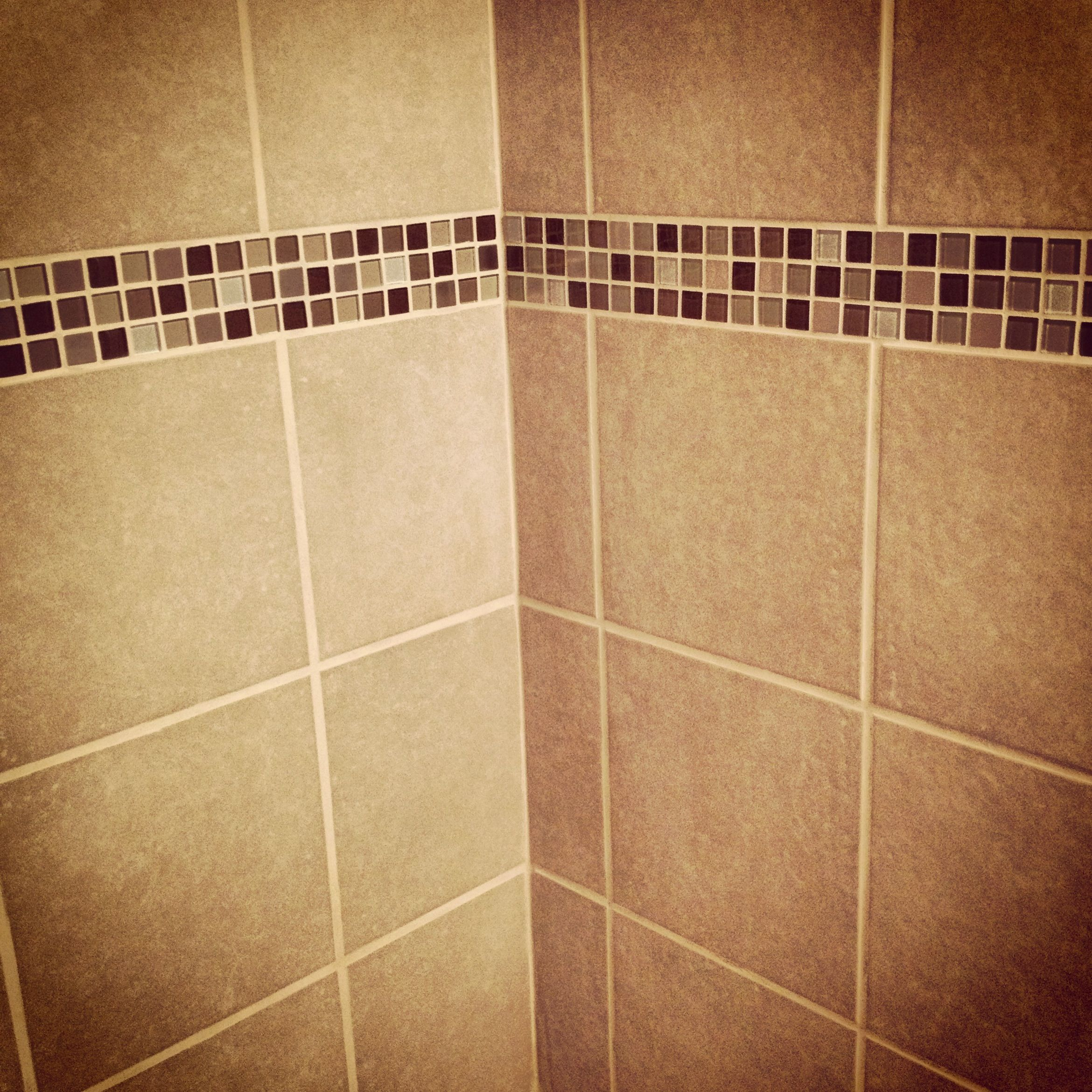 Bathroom wall tiles with colorful glass accents | Tile ideas ...