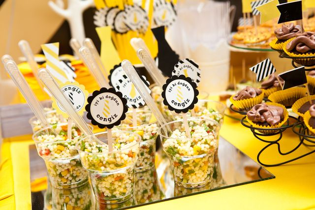 Black And Yellow Tie Birthday Party Ideas Receitas