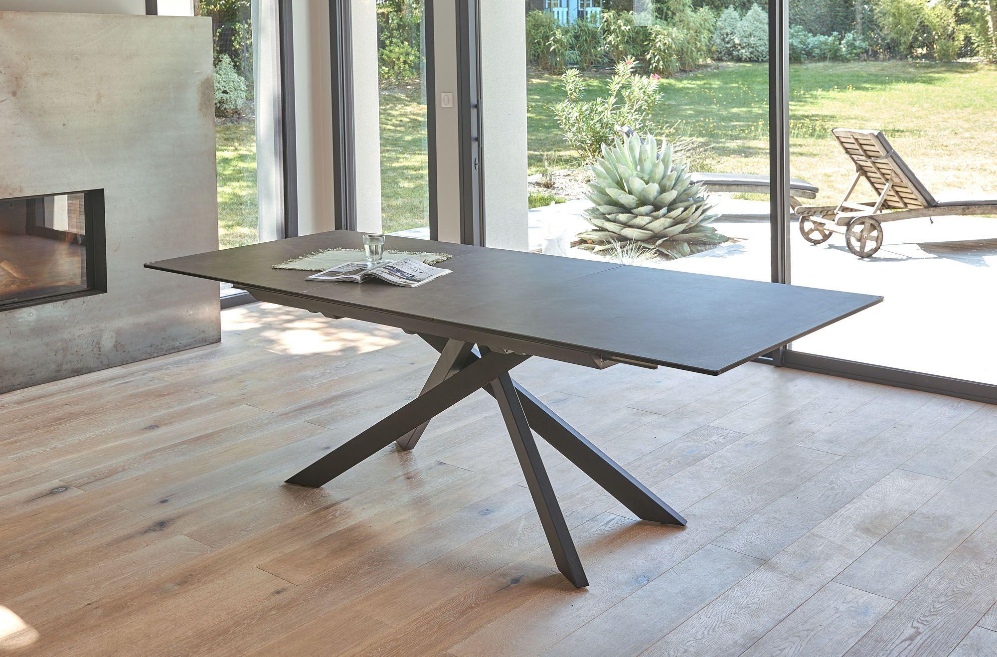 Table Extensible Avec Plateau En Ceramique Teinte Grise Mobilier De Salon Table Extensible Table Ceramique Extensible