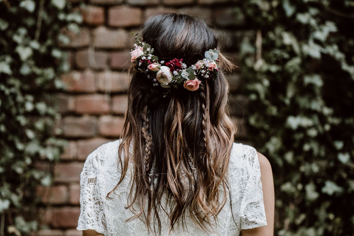 Labude Koeln Boho Bridal Styling Boho Hairstyle Brautfrisur Im