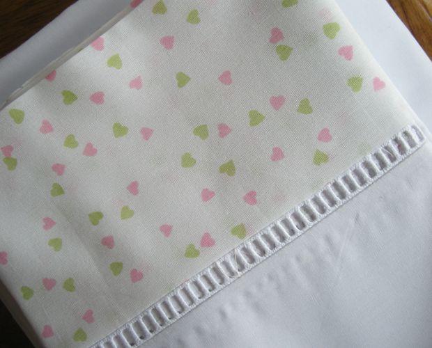 De cuentos y hadas sabanas toallas y ajuares para bebes manualidades pinterest toallas Sabanas para ninas