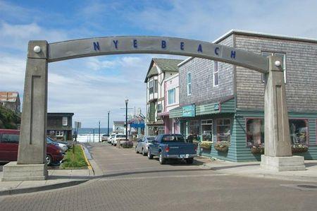 Newport S Nye Beach Try Savory Cafe Stephanie Mundo Or Nana Irish Pub All Are Good