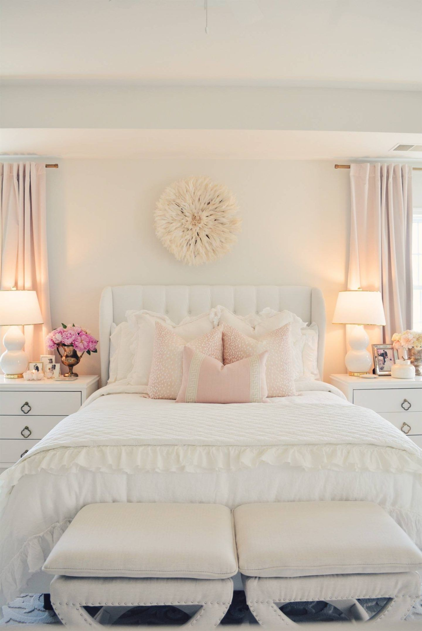 Best Elegant White Master Bedroom Blush Decorative Pillows 400 x 300