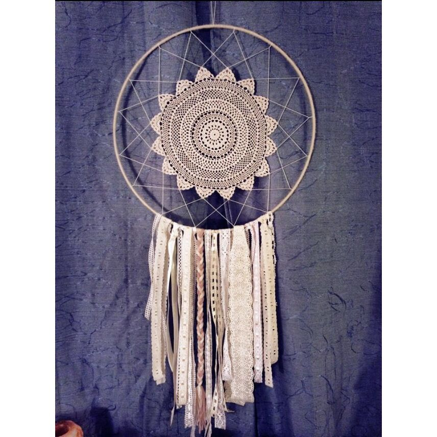 My first attempt of making a dream catcher