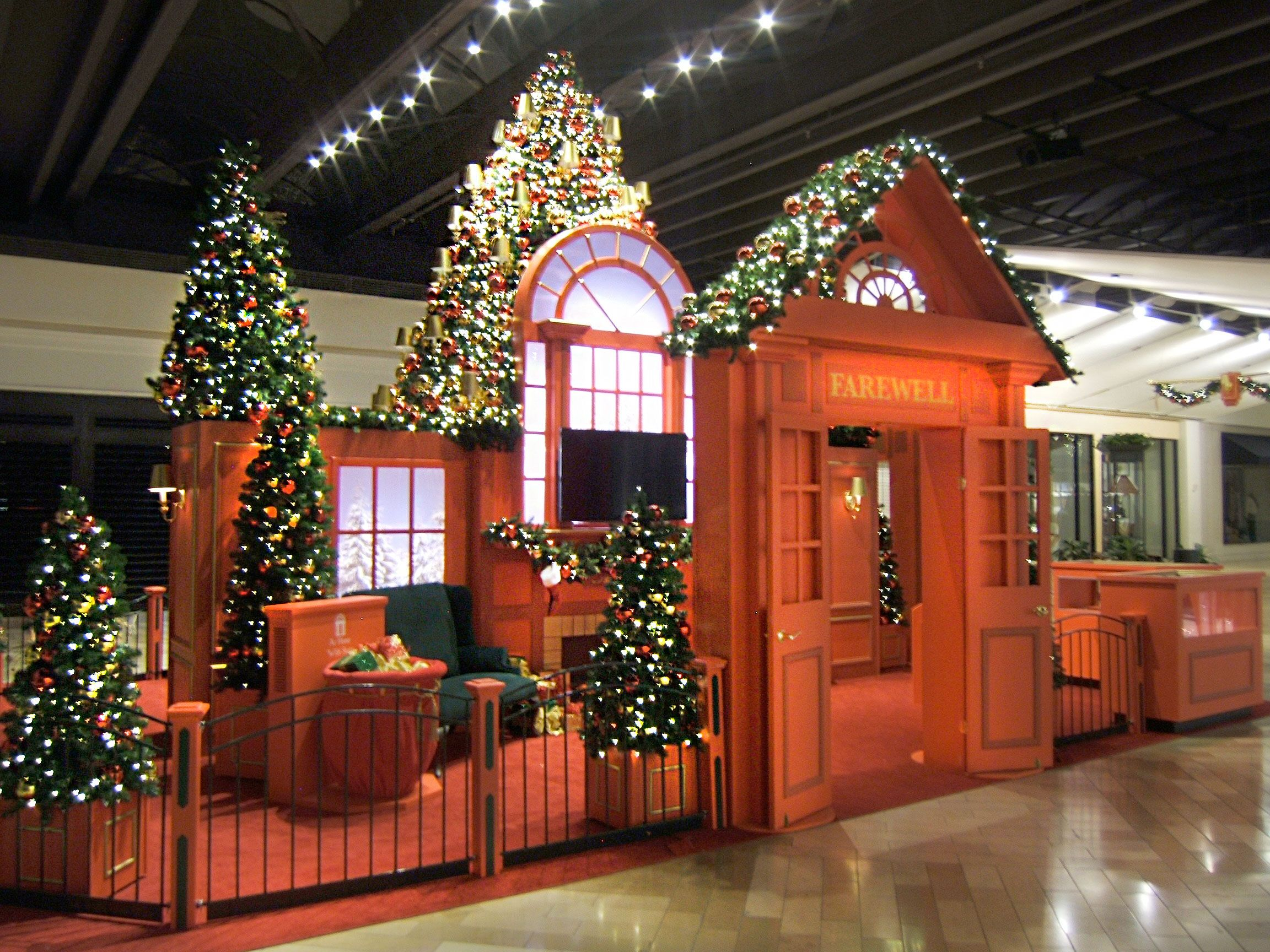 Pin on Commercial Holiday Decor