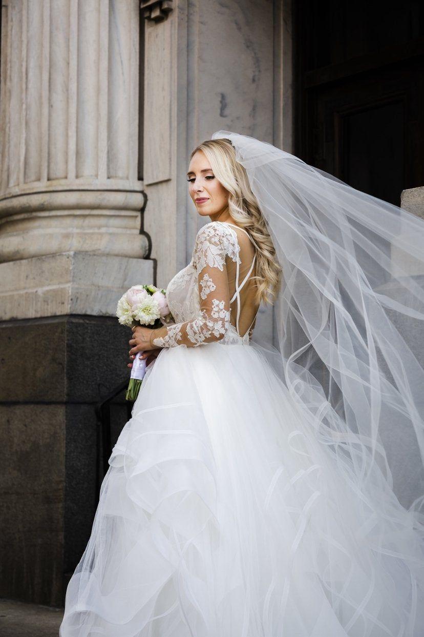 Hayley Paige Elysia Kleid Nach Meiner Hochzeit In Der Halle Zu Verkaufen Pm Fur Details Meine Hochzeit Hochzeit Schone Brautkleider