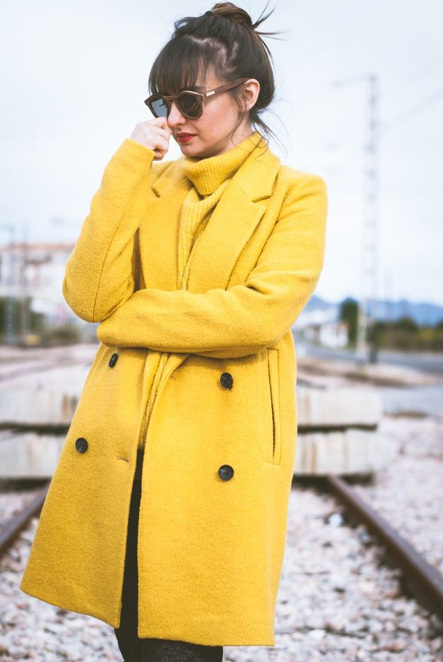 PIMKIE YELLOW COAT: 1.385