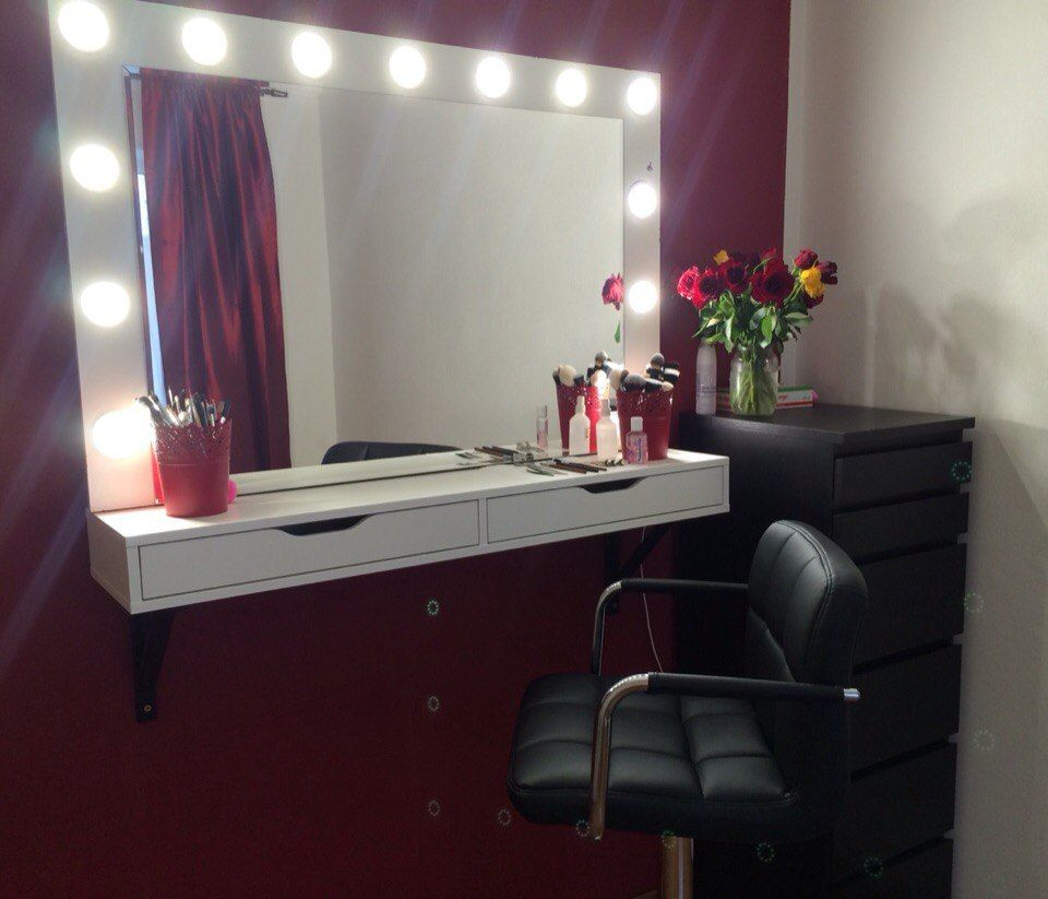 Espejo con luces pinterest espejo con for Luces para salon