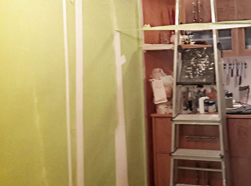 Bamboo accent wall - DIY faux wallpaper home decor project - on a ...