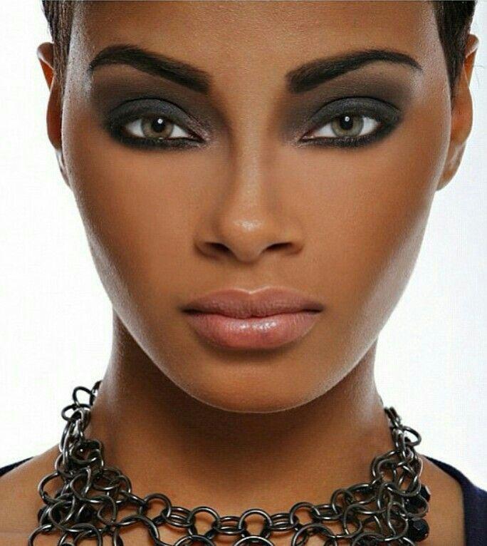 Makeup for Brown skin - Smokey Eye