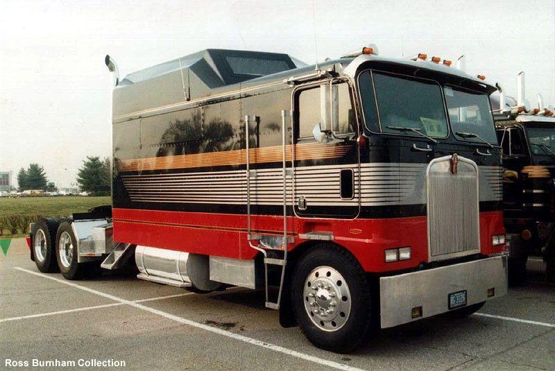 Custom 18 Wheelers Photo Cabover No Longer Big Trucks Custom Big Rigs Big Rig Trucks