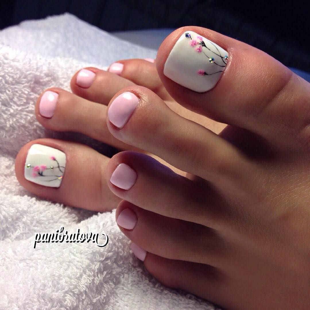 Toenails. White. Pink. Design. | Toes | Pinterest | Fingernägel ...